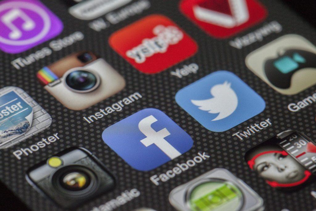 Agencia Mkesbien Social Media